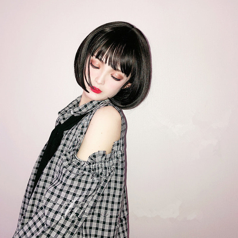 """BLACK / RED BROWN LOLITA SHORT STRAIGHT"" WIG D052106"