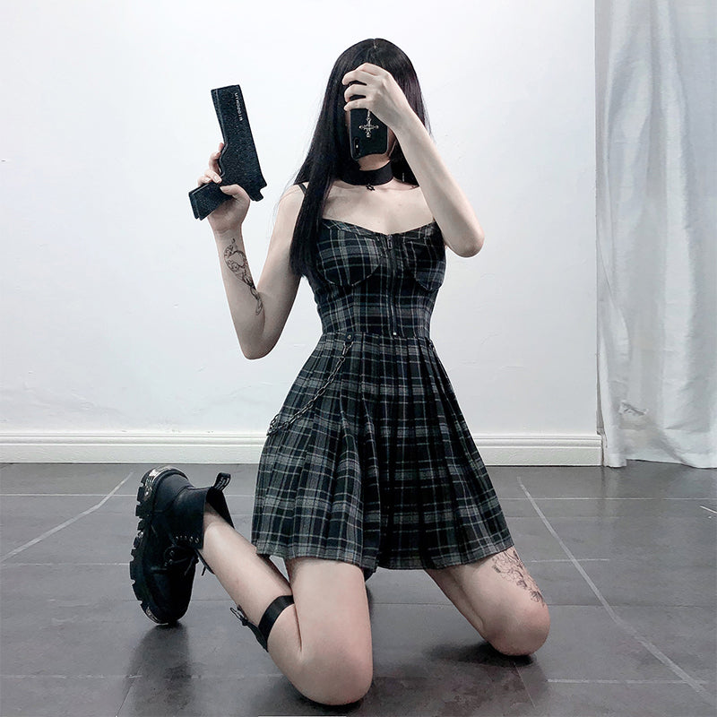 """BLACK PLAID PLEATED STRAP"" DRESS D060504"