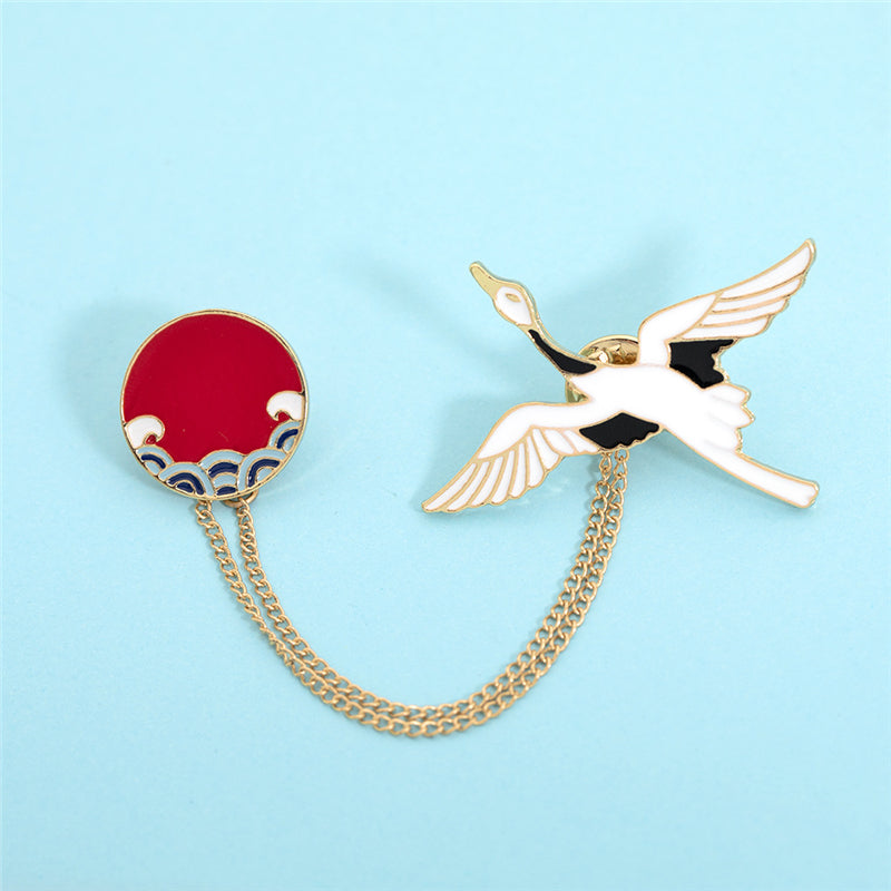 """CHINESE STYLE CARTOON CRANE"" PIN D070103"
