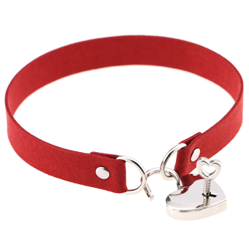"""LOVE HEART LOCK"" CHOKER D070815"
