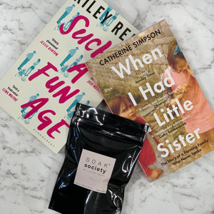 2 Books & Bath Soak Gift Box