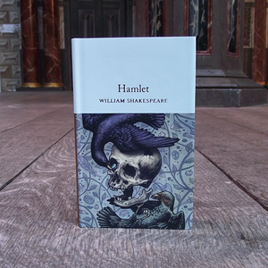 Pocket sized hardback Collector's Library copy of Hamlet by William Shakespeare