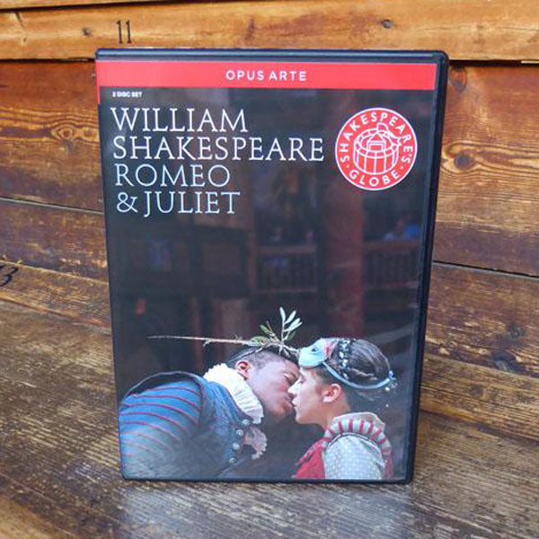 DVD of Shakespeare's Globe 2009 production of The Tempest. Performed and recorded in Shakespeare's Globe.