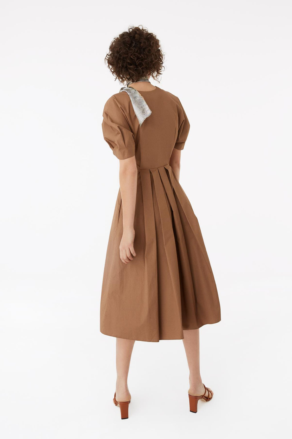 EXQUISE DRESS WITH BELT