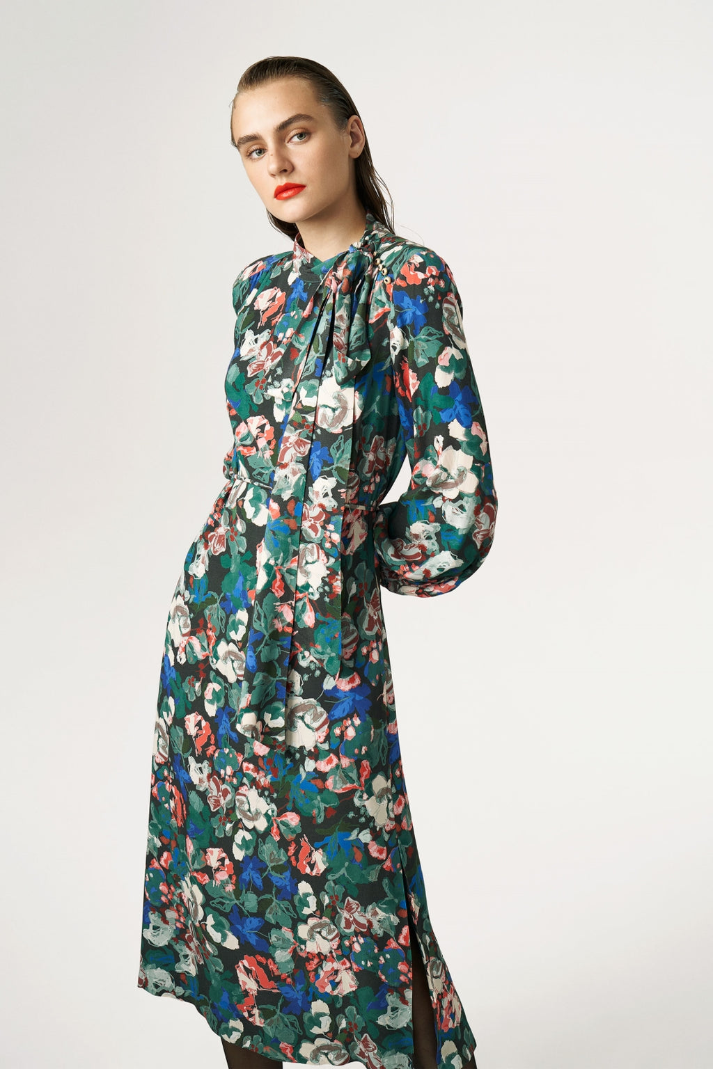 FLOWER PATTERNED DRESS WITH BELT