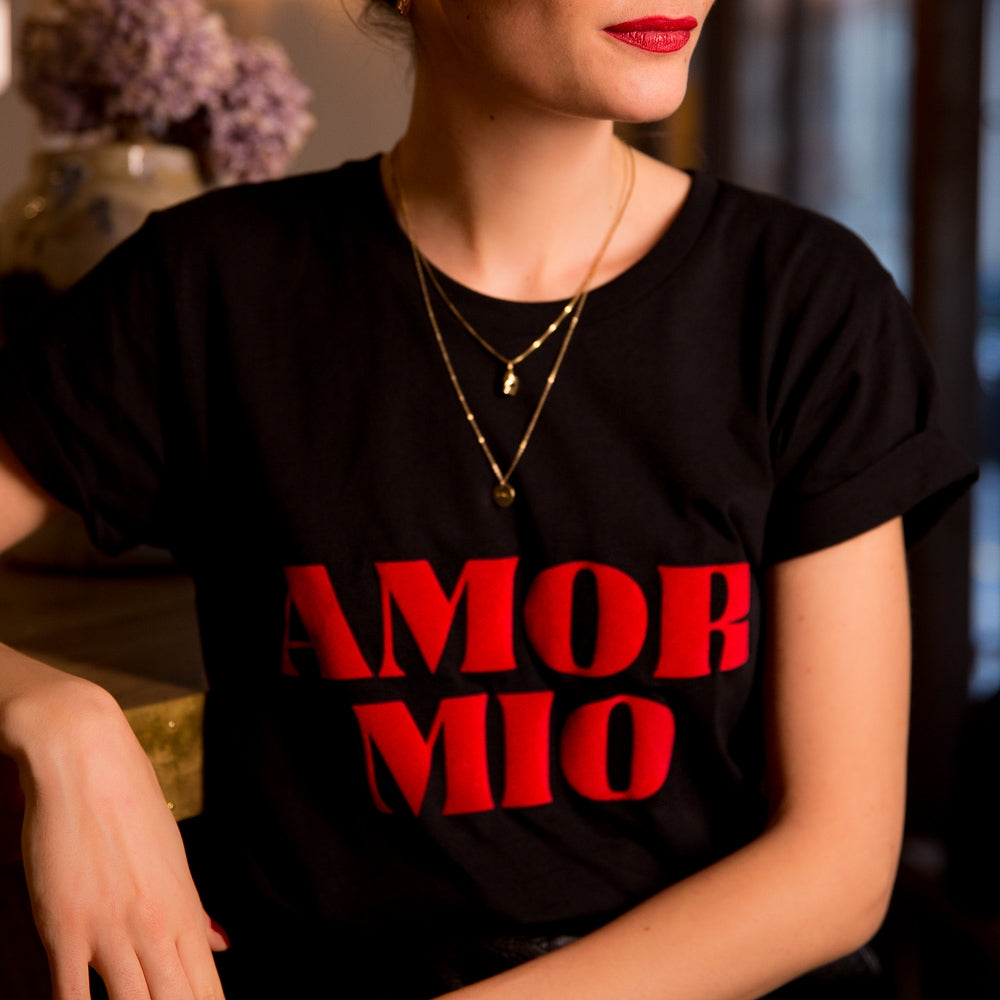 AMOR MIO BLACK T-SHIRT