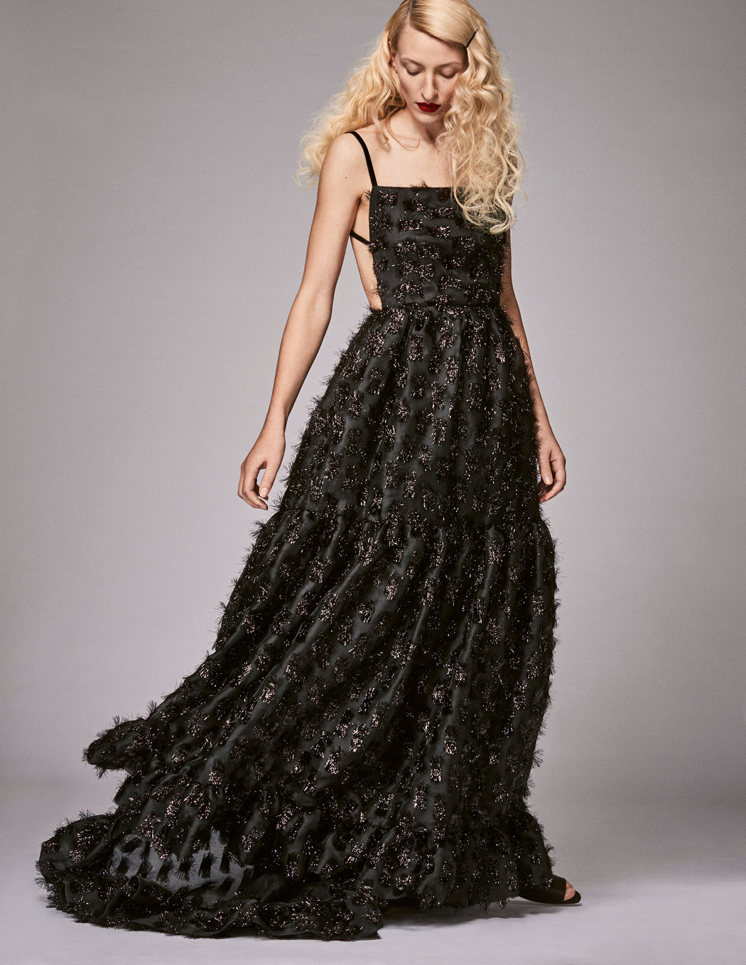 Donna Black Tinsel Gown