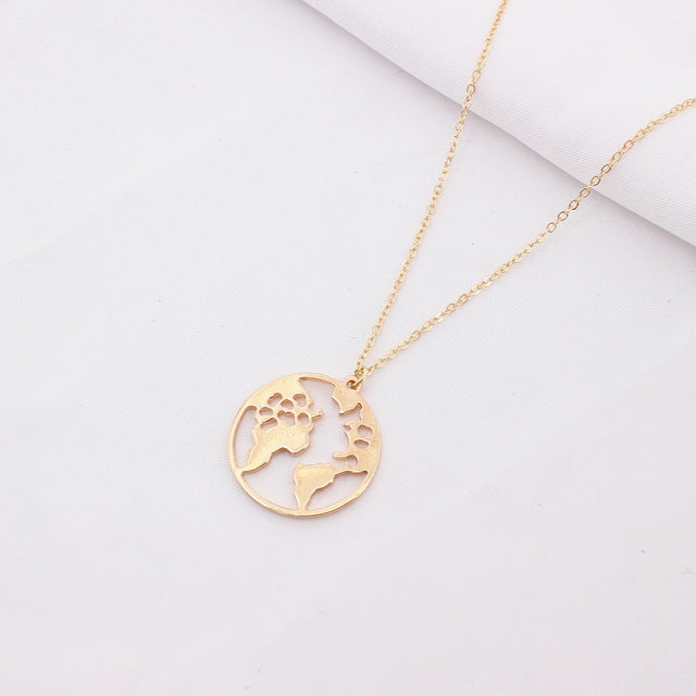 Globe Travel Necklace - The Trendy Hero
