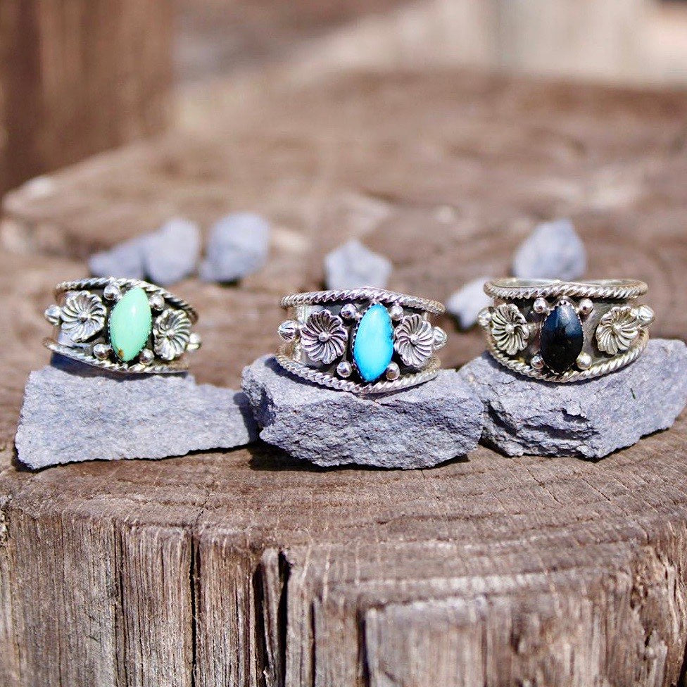 *Turquoise FLOWER Ring