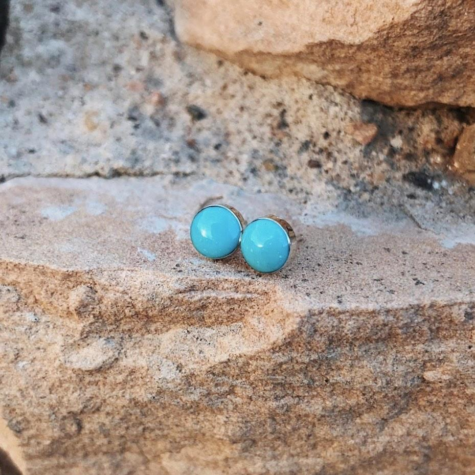 *Kingman Turquoise Round Stud Earrings