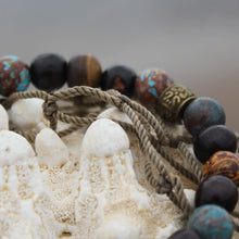 Load image into Gallery viewer, Wrist mala with cobra jasper close up