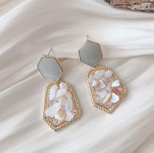 Vintage Geometric Shell Earrings