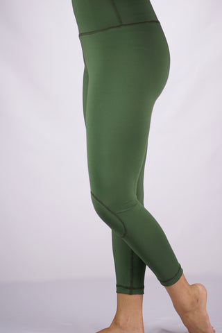 High-Rise Cushy Yoga Capri | Army Green