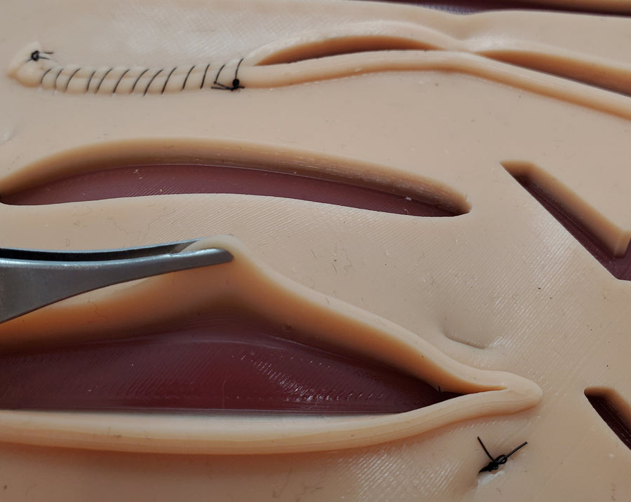 THE SUTURE BUDDY KIT (NO LOGO)