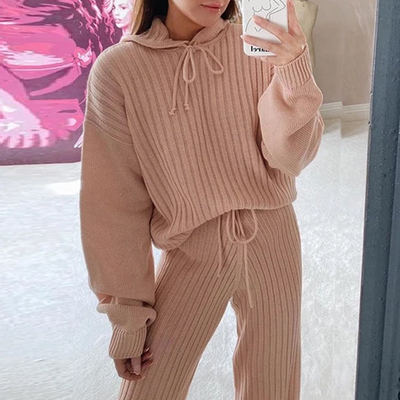 Naomi's Knitted Set