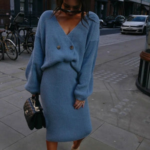 Carley's V-Neck Knitted Set