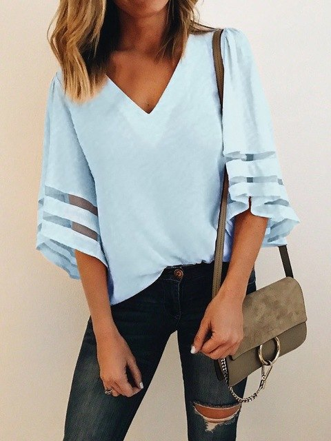 Laura's Chic Top