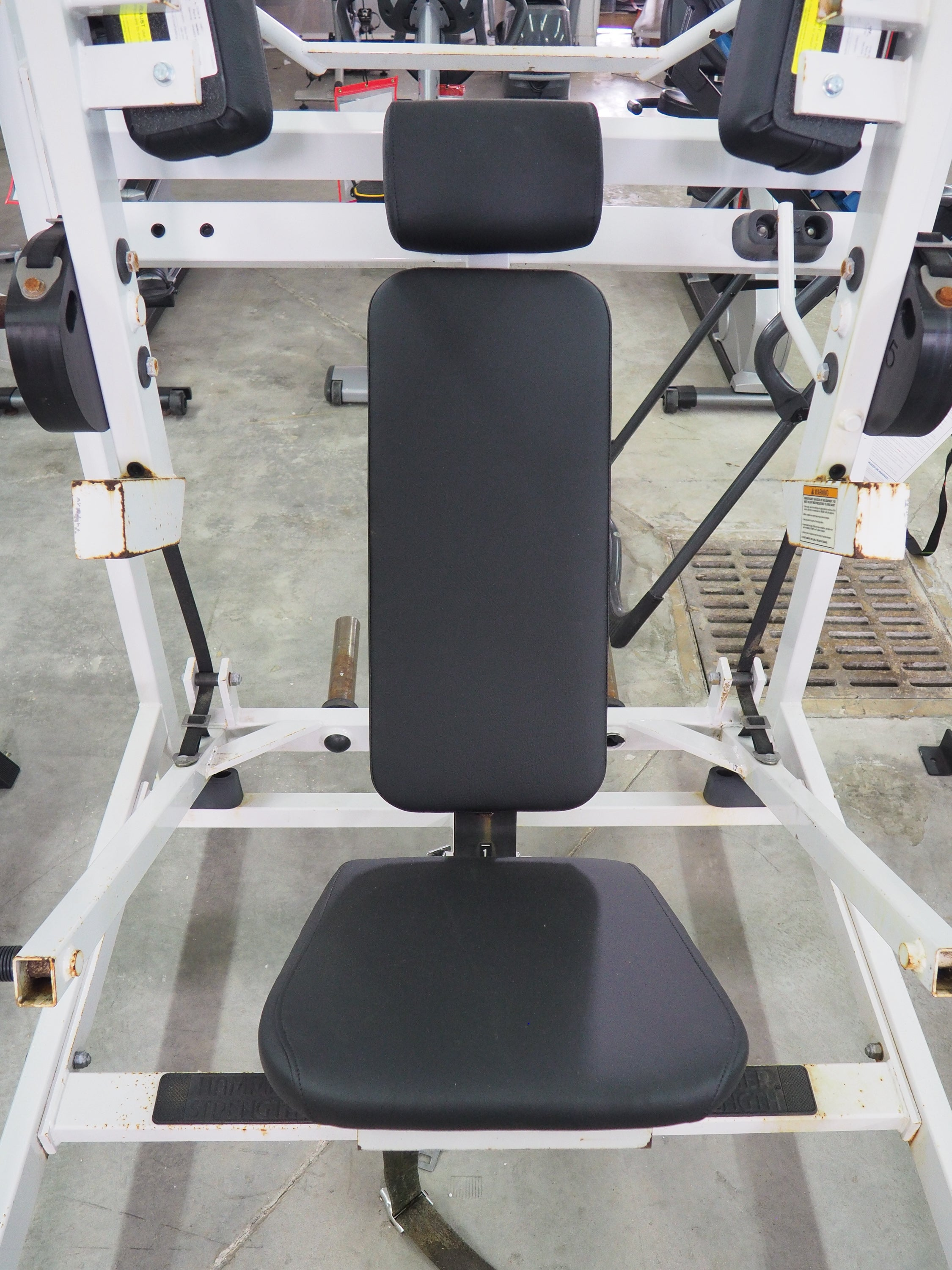 Hammer Strength Plate Loaded Pullover Machine