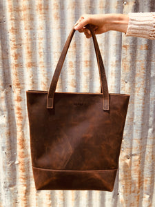 The Genuine Leather Zippered Tote // Chocolate