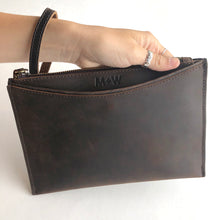 The Genuine Leather Wristlet // Chocolate
