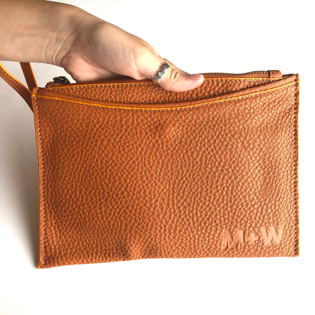 The Genuine Leather Wristlet // Rust