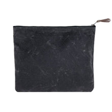 The Waxed Canvas Clutch // Washed Black
