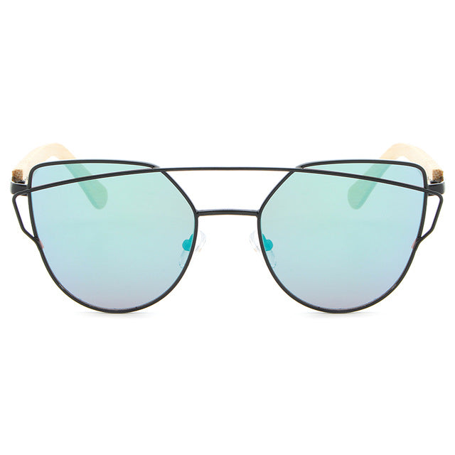 Trending Pilot Women Sunglasses with black frame and green color lens