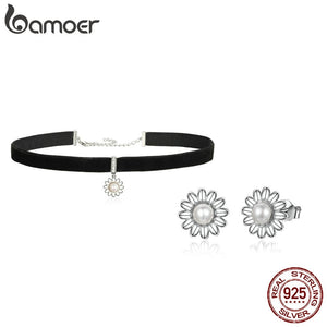 925 Sterling Silver Freshwater Pearl Daisy Choker and Earring Set
