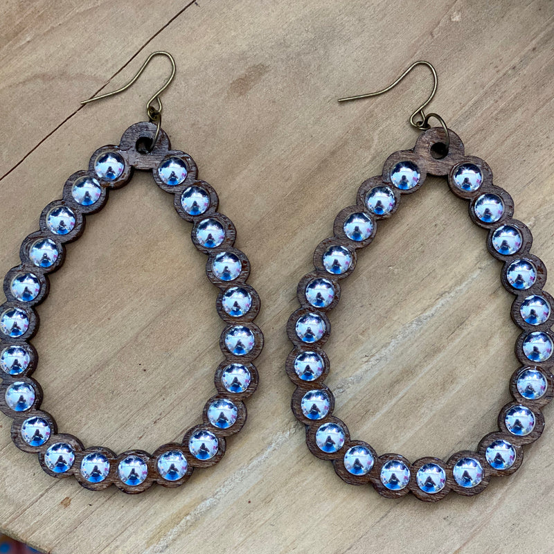 Natural Nailhead Ravena Earrings