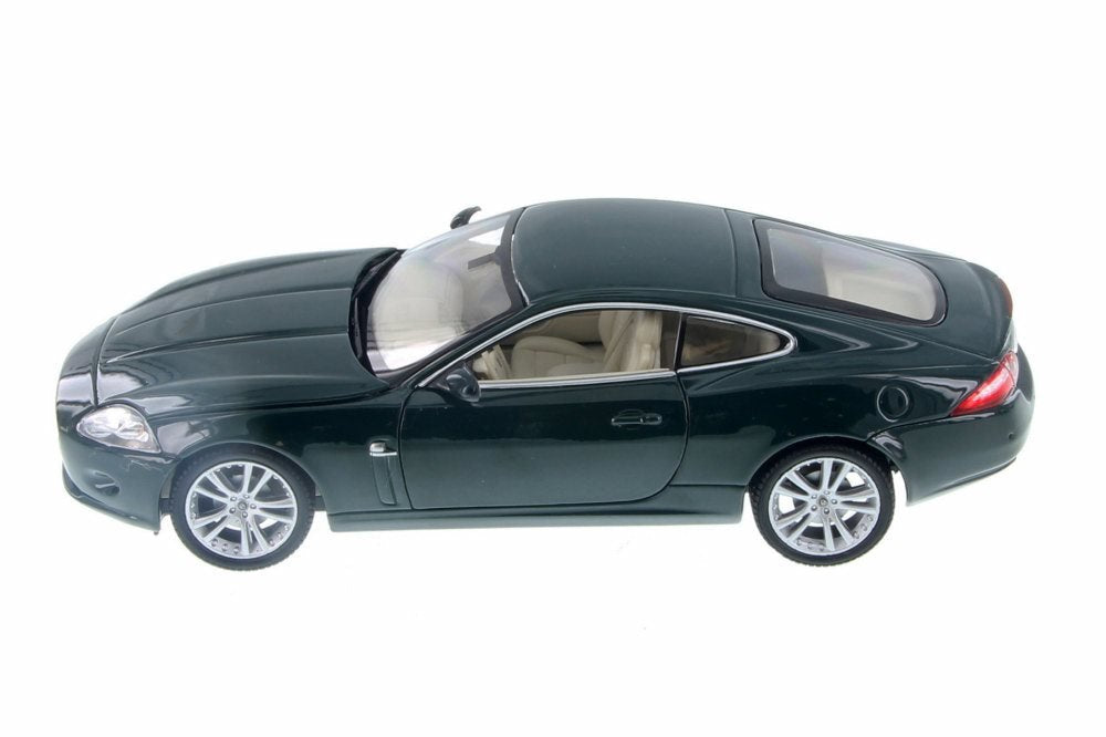 Jaguar XK Green 1/24 Scale Diecast Model Car - Welly - 22470