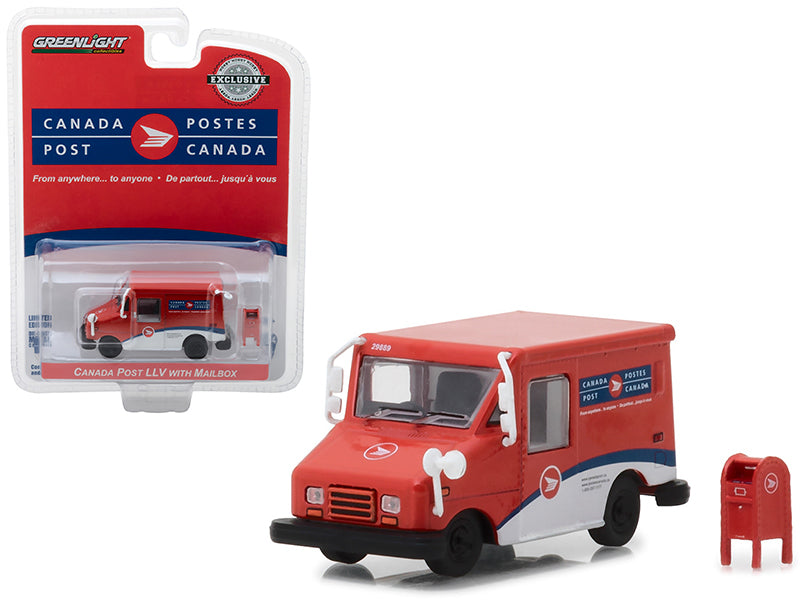 Canada Postal Service (Canada Post) Long Life Postal Mail Delivery Vehicle (LLV) w/ Mailbox Accessory Hobby Exclusive 1:64 Diecast Model Car - Greenlight - 29889