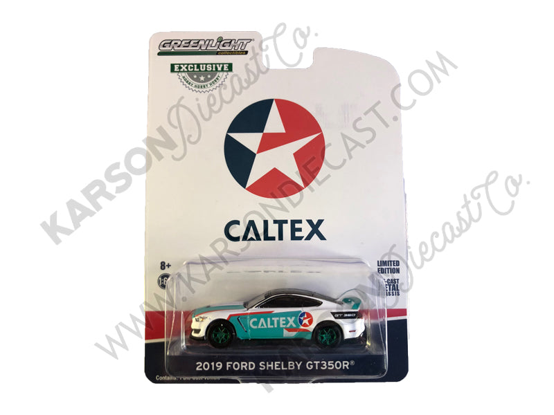 "CHASE 2019 Ford Mustang Shelby GT350R Model ""Caltex"" ""Hobby Exclusive"" 1:64 Diecast - Greenlight 30133"