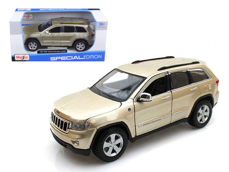 2011 Jeep Grand Cherokee Gold 1:24 Diecast Model Car - Maisto - 31205GLD
