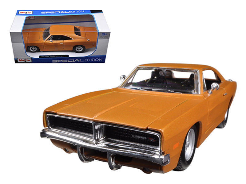 1969 Dodge Charger R/T Orange 1:25 Diecast Model Car - Maisto - 31256