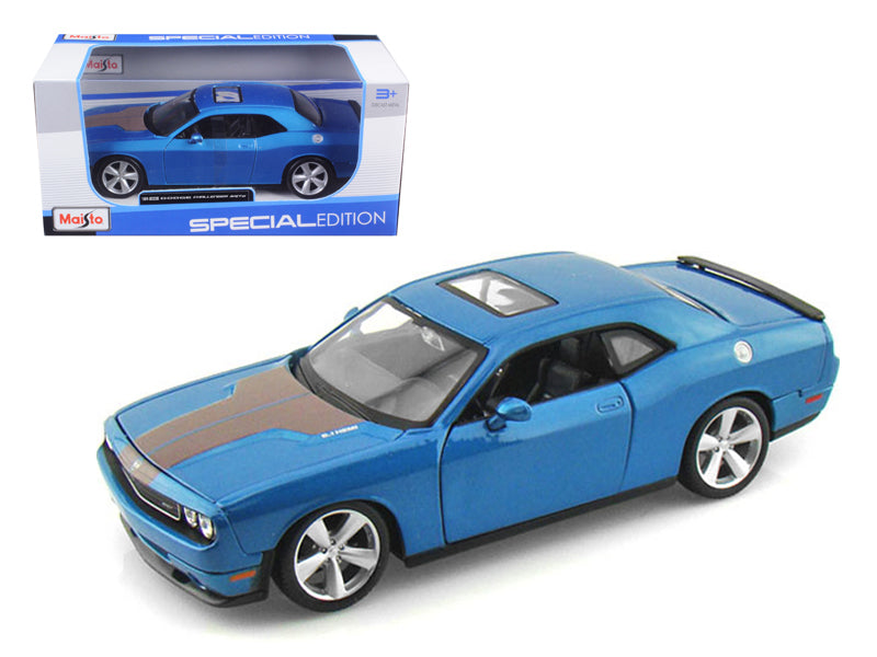2008 Dodge Challenger SRT8 Blue Metallic 1:24 Diecast Model Car - Maisto - 31280BL