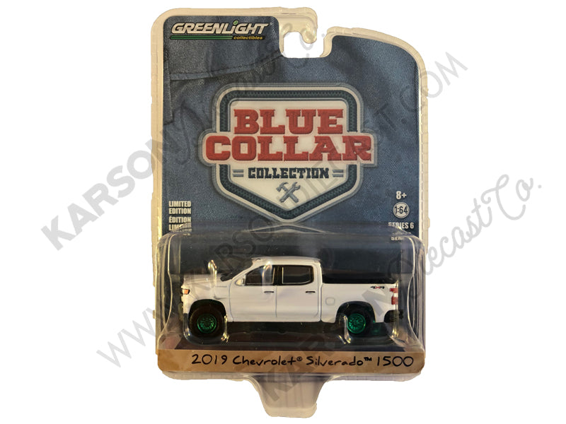 "2019 Chevrolet Silverado 1500 Pickup Truck White ""Blue Collar Collection"" Series 6 1/64 Diecast Model Car - Greenlight - 35140F - CHASE GREEN MACHINE"