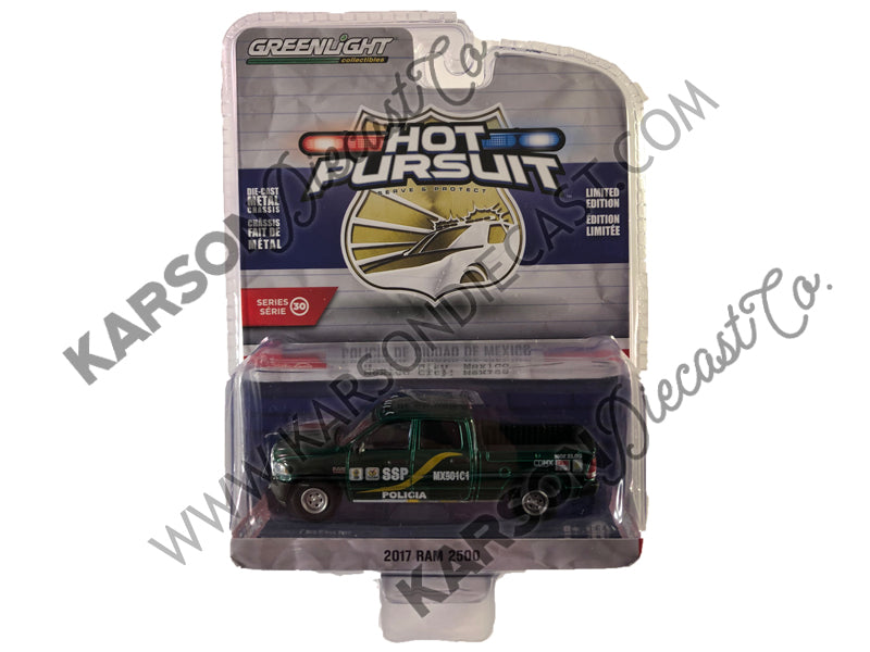 Greenlight 42870-F Hot Pursuit Series 30 2017 Ram 2500 Mexico City Mexico Policia 1:64 Scale