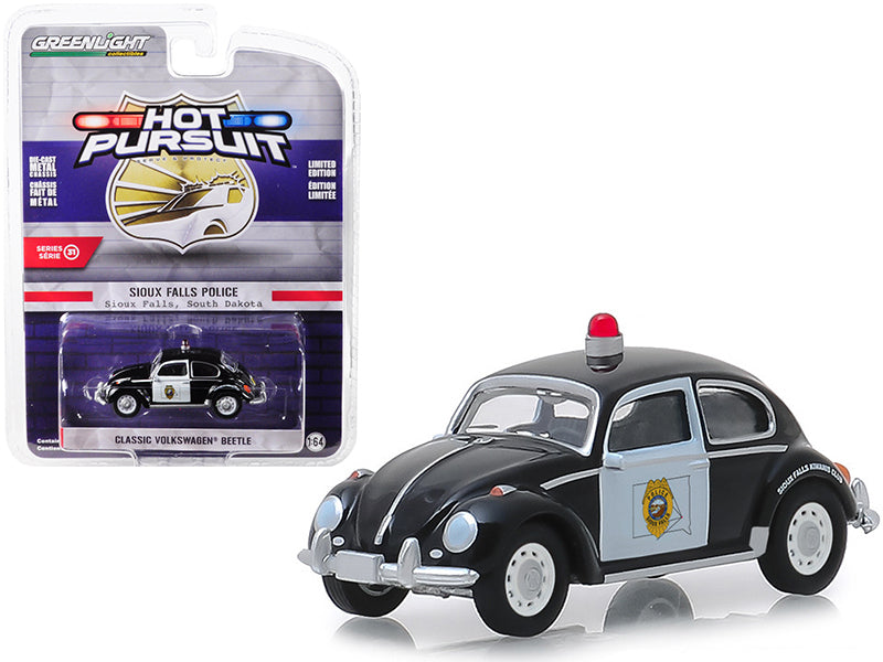 "Classic Volkswagen Beetle ""Sioux Falls, South Dakota Police"" Black & White ""Hot Pursuit"" Series 31 1:64 Diecast Model Car - Greenlight - 42880F"