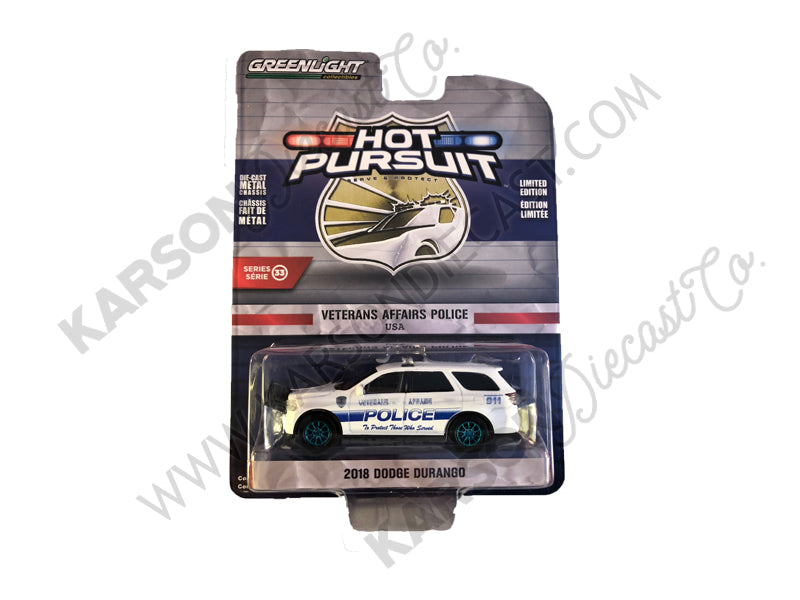 "CHASE 2018 Dodge Durango ""Veterans Affairs Police"" White ""Hot Pursuit"" Series 33 Model 1:64 Diecast - Greenlight - 42900F"