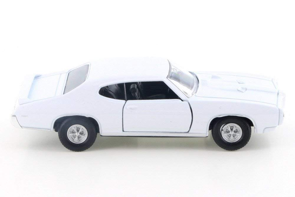 "1969 Pontiac GTO White 4.5"" Diecast Model Pull Back - Welly - 43714WH"