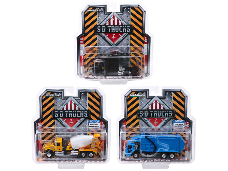 "2019 Mack Trucks ""S.D. Trucks"" Series 7, Set of 3 pieces 1:64 Diecast Models - Greenlight - 45070SET"