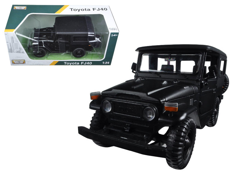 Toyota FJ40 Matt Black 1:24 Diecast Model Car - Motormax 79323MBK
