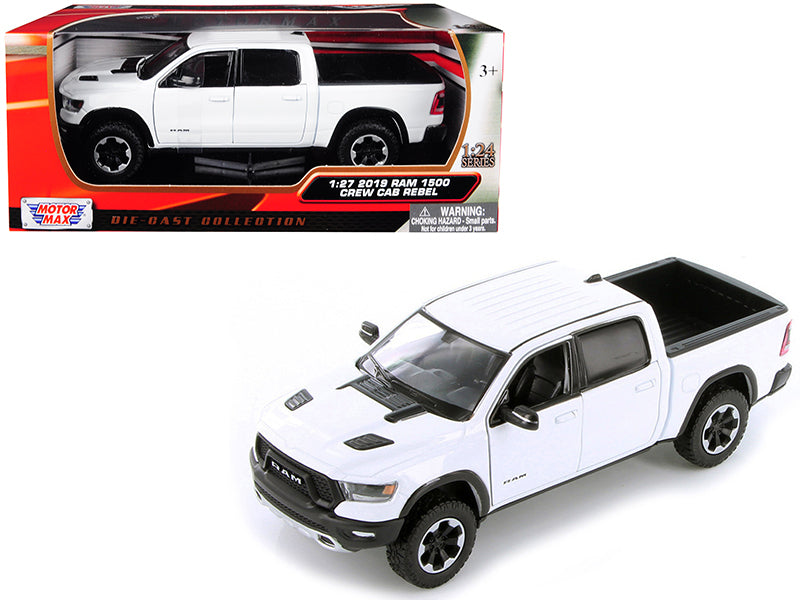 2019 Dodge Ram 1500 Crew Cab Rebel Pickup Truck White 1/24 Diecast Model Car - Motormax - 79358WH