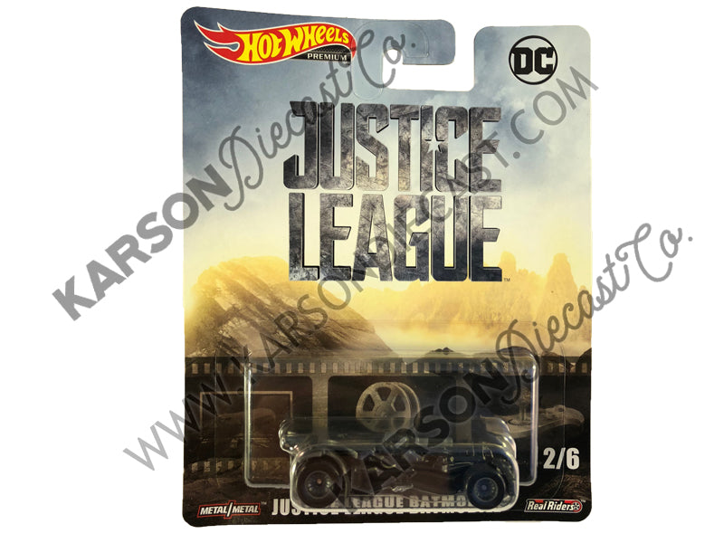 Justice League Batmobile Retro Entertainment - DC Cinematic Vehicle Assortment 1:64 Scale Diecast - Hotwheels - DMC55-956L