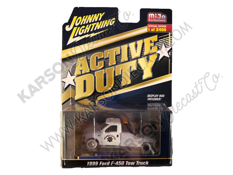 "CHASE 1999 Ford F-450 Police Tow Truck Black and White ""CHP"" (California Highway Patrol) ""Active Duty"" Limited Edition to 2,400 pieces Worldwide 1:64 Diecast Model - Johnny Lightning - JLCP7256"