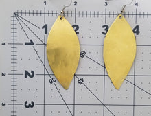 Load image into Gallery viewer, Leaf Brass Earrings