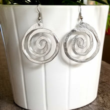Load image into Gallery viewer, Thick Hammered Spiral Earrings