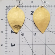 Load image into Gallery viewer, Brass W-Leaf Earrings