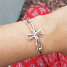 Load image into Gallery viewer, Cross Bracelet