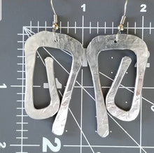 Load image into Gallery viewer, Reklo Earrings